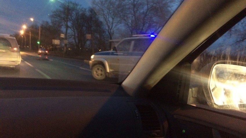 НаМосковском шоссе маршрутка иавтомобиль сбили одну итуже женщину